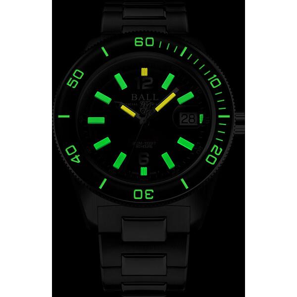 Ball Engineer M Skindiver III DD3608A-S1C-BK świecenie zegarka