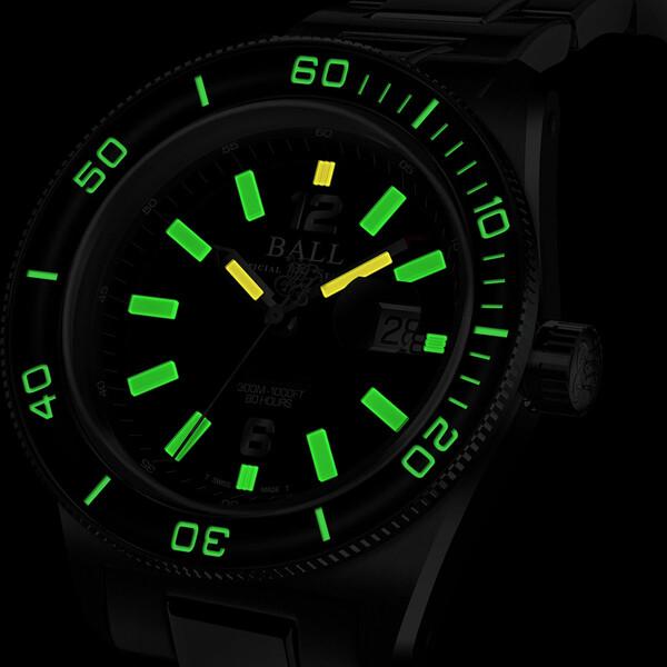 Ball Engineer M Skindiver III podświetlenie zegarka