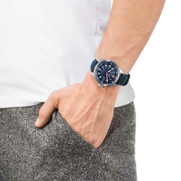 Citizen Military AW5000-16L zegarek na ręce