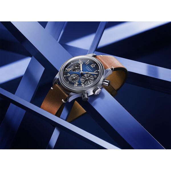 Longines Avigation BigEye L2.816.1.93.2 zegarek męski z chronografem.