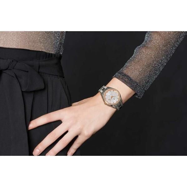 Rado HyperChrome Automatic Lady R32052012 zegarek na ręce