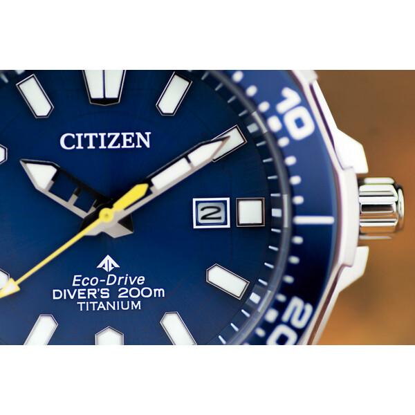 Datownik Citizen Promaster Professional Diver BN0201-88L